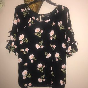 Luxology Floral Top
